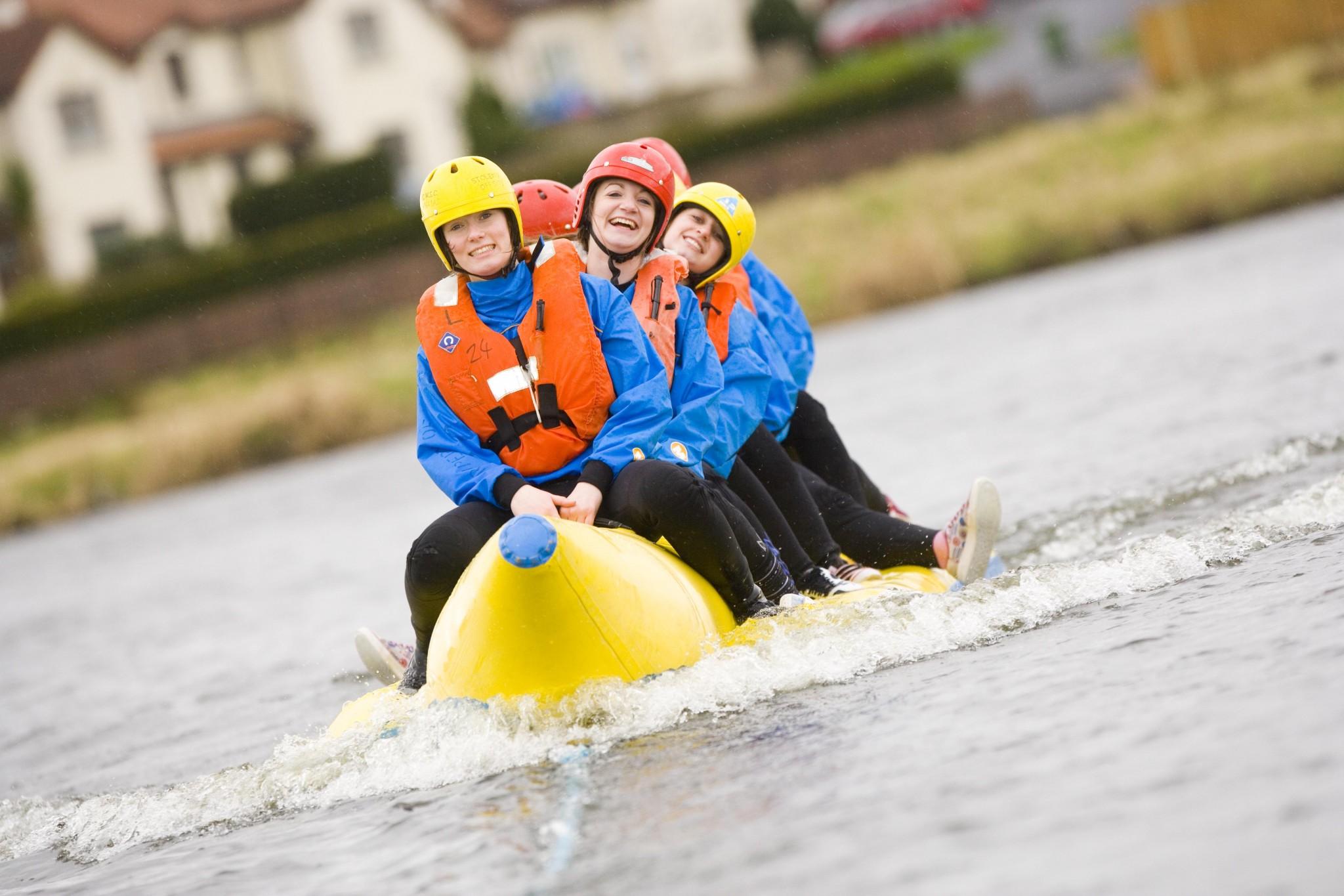 image-banana-boat-group-2